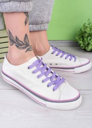 Женские белые кеды на шнуровке