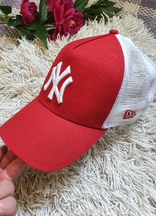 Шикарная яркая летняя кепка бейсболка new era!