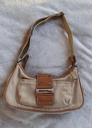 Винтажная сумочка багет guess