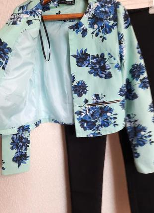 Голубой жакет пиджак блейзер в цветочный принт atmosphere