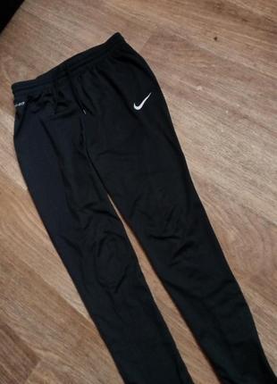 Оригинальные штаны nike