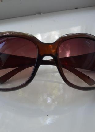 Очки  солнезащитные орифлейм