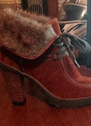 Замшевые ботинки на каблуке, зима/осень.