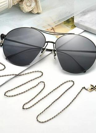 Цепочка для очков, для маски черно - золотистая с четырехлистником