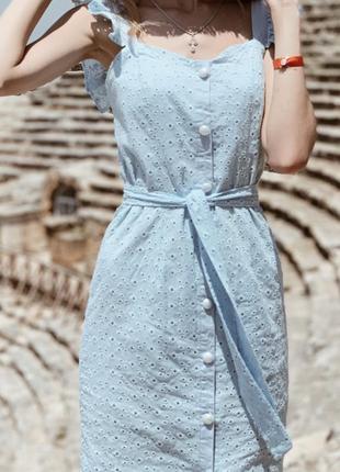 Блакитне платтячко