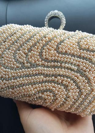 Красивый вечерний клатч сумочка бежевый золотистый бисер камни