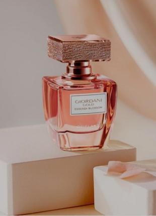 Духи giordani gold essenza blossom [джордани голд эссенза блоссом] 38534изысканные цветочные духи