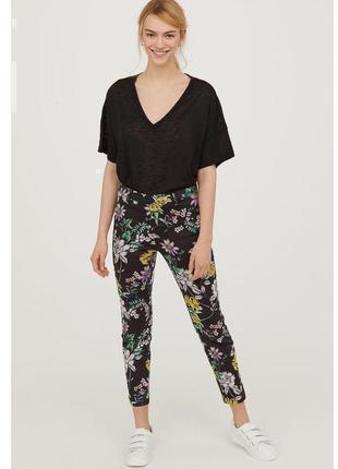 Брюки штаны нарядные деловые h&m в цветочный принт