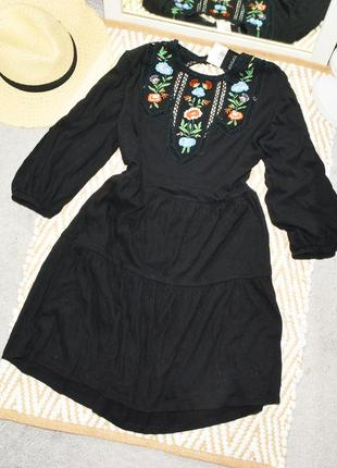Новое многоуровневое платье с вышивкой topshop
