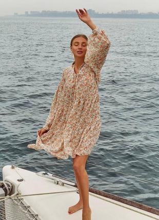 Свободное шифоновое платья в цветочек