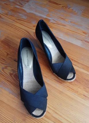 Літні туфельи,босоніжки ,сандалі з плетеною підошвою