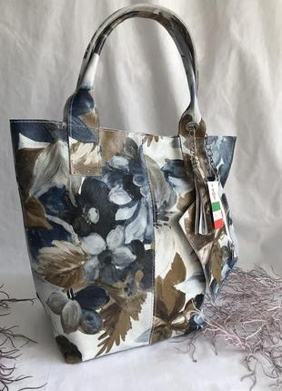 Сумка кожаная натуральная на длинных ручках шоппер , удобная вместительная, голубой белый в цветок