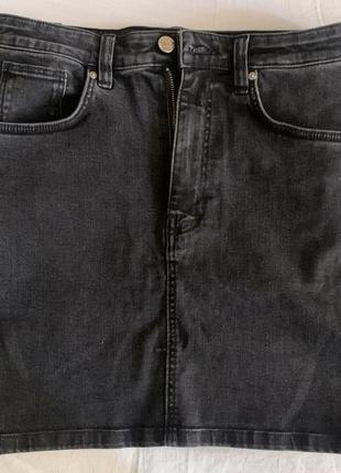 Джинсовая юбка на высокой посадке