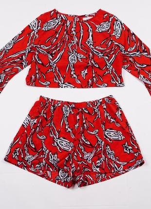 Літній комплект тренд насиченого кольору принт абстракція рукави кльош шорти вільного фасону