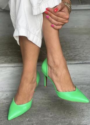 Новинка 🍭 яркие туфли лодочки.