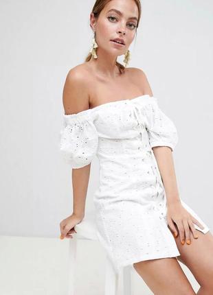 Шикарное платье из прошвы / шитье