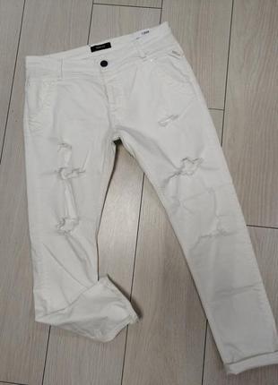 Белые рваные женские джинсы repley