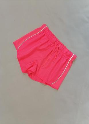 🍎яркие спортивные короткие шорты