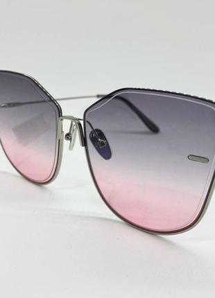 Женские солнцезащитные очки бабочки в тонкой серебристой оправе с серо-розовыми линзами градиент