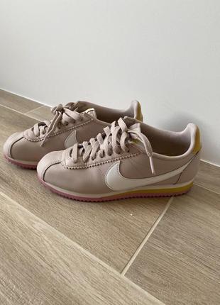 Nike cortez leather розово-желтые 23 см