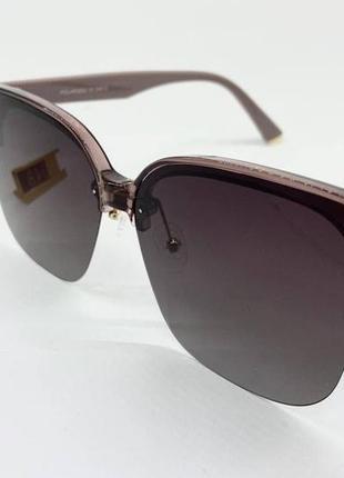 Женские солнцезащитные очки с линзами градиент поляризованными в облегченной пластиковой оправе