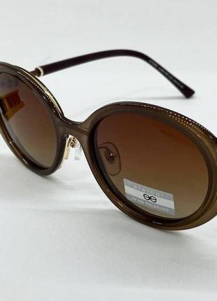Женские солнцезащитные очки коричневые овальные линзы с поляризацией и градиентом