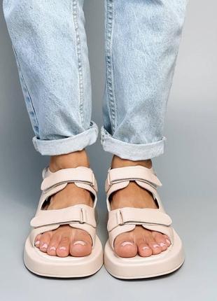 Босоножки шлепанцы натуральная кожа бежевый боссоножки сандалии на высокой подошве спортивные