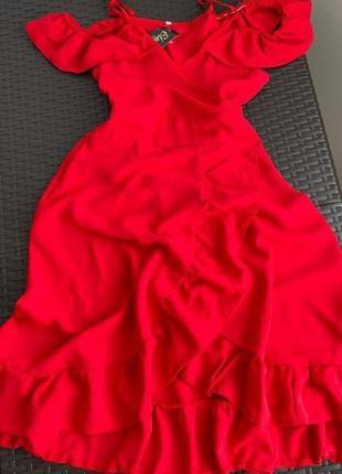 Шикарное новое платье размер с