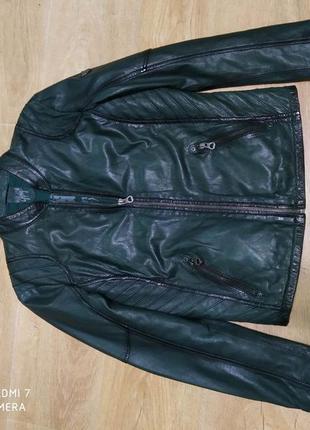 Кожаная куртка gipsy размер м, темно зельоного цвета