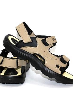 Бежеві чоловічі сандалі на липучках