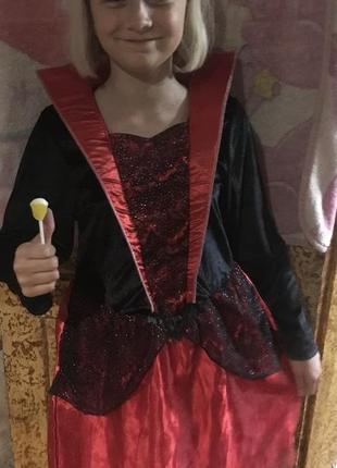 Платье карнавальное.