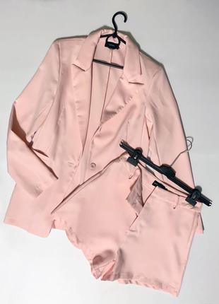 Pretty шикарный  летний комплект шорты+ пиджачек