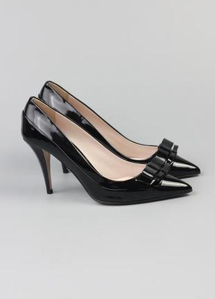 Брендовые кожаные лаковые туфли