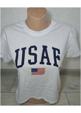 Актуальная футболка укороченая, стильная, модная, принт, белая, трендовая, базовая