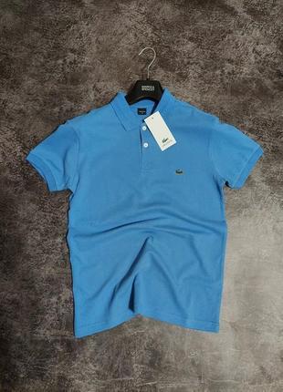 Однотонная футболка поло