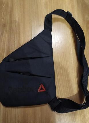 Мужская сумка- мессенджер на грудь