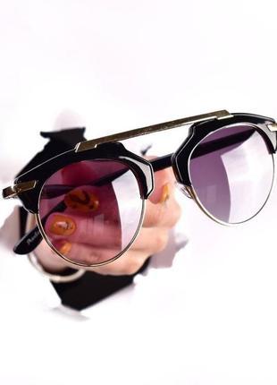 Очки солнцезащитные, имиджевые