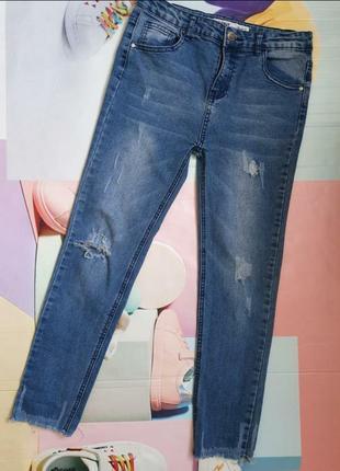 Стильные, красивые, модные джинсы для девочки 12,13 лет с потёртостями