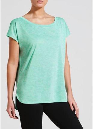 Классная легкая футболка souluxe