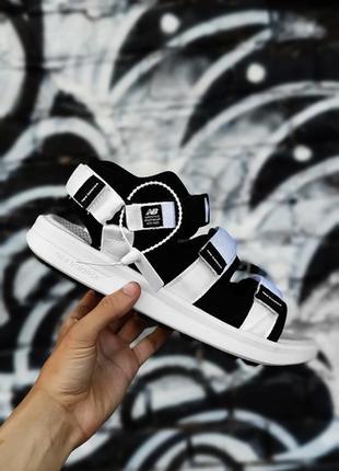 Босоніжки new balance sandal боссоножки