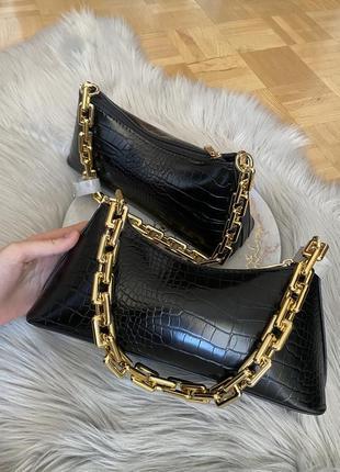 Чорна красива сумка багет від asos💗