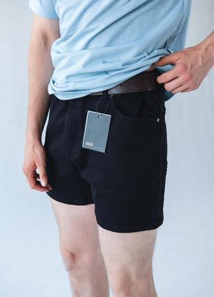 Короткие стретч эластичные чёрные джинсовые шорты 34