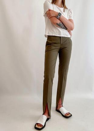 Новый брюки