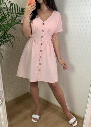 Нежное платье лён на пуговицах с имитацией корсета