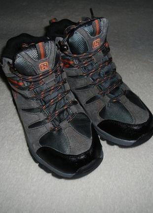 Треккинговые ботинки hi gear . размер 33.