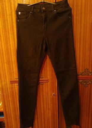 Джинсы новые чёрные брюки