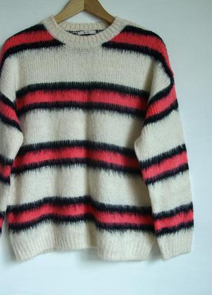 Очень классный пушистый свитерок от tu