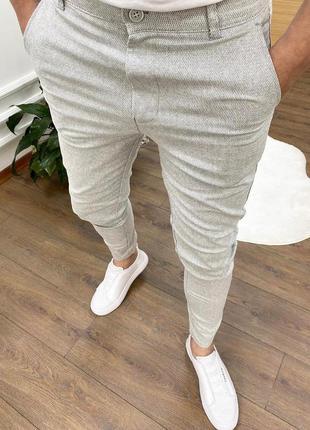 Классические стильные приталенные брюки штаны