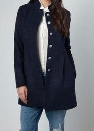 Стильное пальто bershka