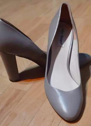 Фірмові туфлі pilar burgos